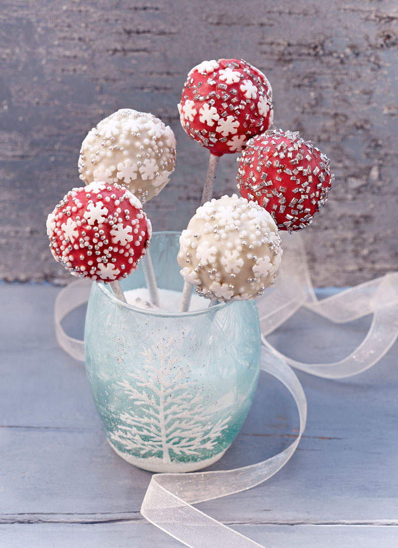 christbaumkugel cake pops hof familie. Black Bedroom Furniture Sets. Home Design Ideas